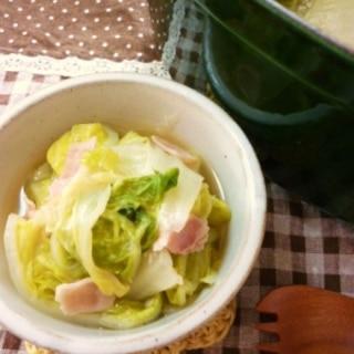 ガーリックがたまらない☆白菜とベーコンのコンソメ煮
