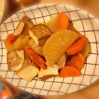 大根と揚げ出し豆腐の煮物
