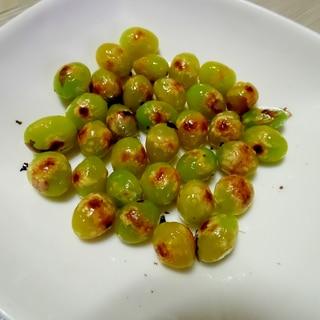 フライパンで焼き銀杏