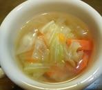 ☆にんじんとたっぷりキャベツのコンソメスープ☆