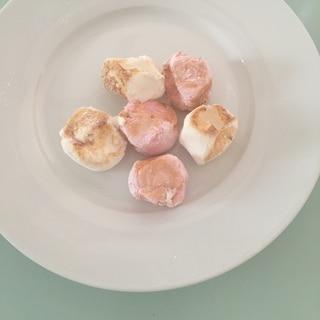 ミニフライパンでふわふわマシュマロ焼き
