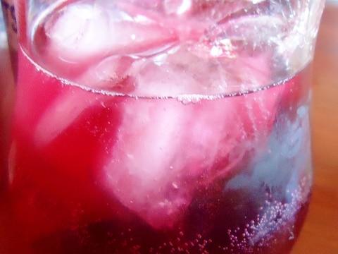 割合 割り 梅酒 ソーダ 梅酒の割り方解説!おいしく飲むために必ず知っておきたい8つの方法