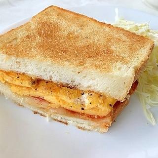 サラダチキンと卵の親子サンド