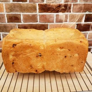 クランベリーとクルミの生食パン(老麺法)