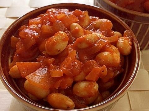 大豆の水煮とトマトジュースでチリコンカン風✿