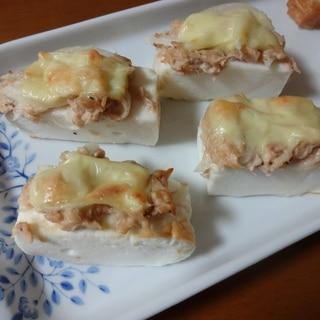 おつまみに!はんぺんのツナマヨチーズ焼き