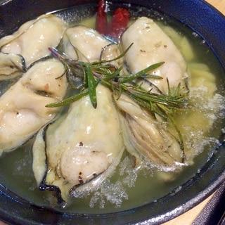 スキレットで簡単家バルメニュー☆牡蠣のアヒージョ