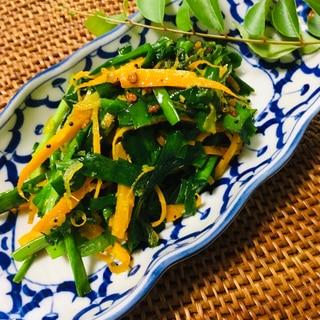 ニンジンとニラのポリヤル(南インドの野菜炒め)