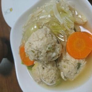 ヒガシマルうどんスープで簡単!つくね鍋