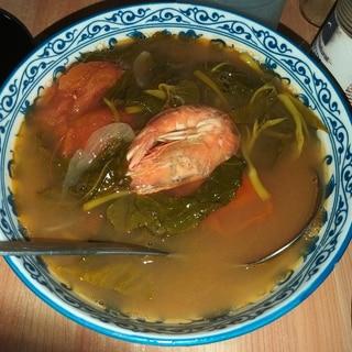 フィリピン家庭料理:シニガン(海老編)