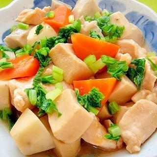 里芋と高野豆腐鶏むね肉の煮物