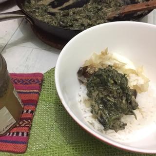 タンザニア風☆ほうれん草のピーナツバター炒め