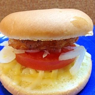 チキンフィレとトマトのバーガー♪