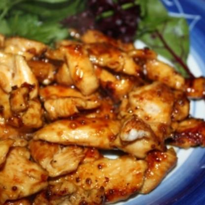 簡単で超美味しかったです!我が家でも定番になりそうです!(写真は2人なので鶏胸肉1枚にしました。1枚でもボリュームたっぷりでした。)