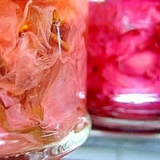 桜の梅酢漬け