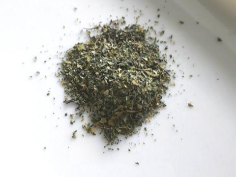 山椒の葉で手作り粉山椒