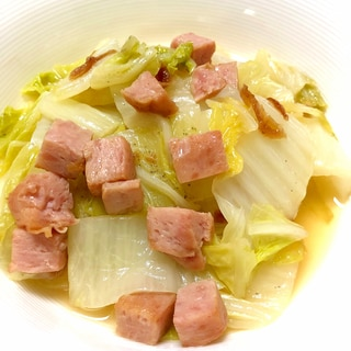 白菜大量消費!白菜とスパムでトロトロ炒め煮