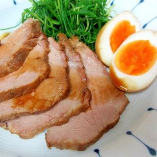 豚肩ロースとゆで卵の黒酢煮