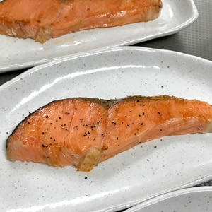 塩銀鮭フライパン焼き
