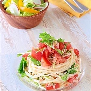 茹でて和えるだけ♪トマトとツナの冷製パスタ