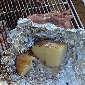 BBQに*じゃがバター*ジャガイモバターホイル焼き