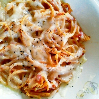 簡単!残ったスパゲティをリメイク♪チーズ焼きパスタ