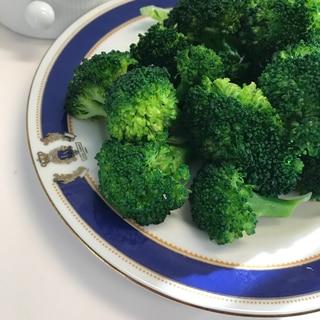 3分でブロッコリーの栄養を逃さずに蒸し茹で