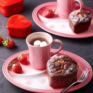 [ル・クルーゼ公式] ブラウニー風ケーキ