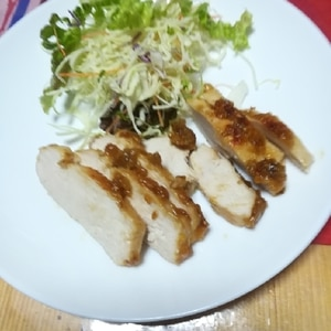 お弁当のおかずにも!簡単!鶏モモの味噌照り焼き♪