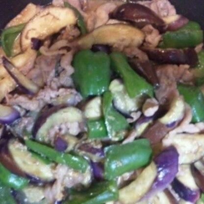 ひき肉がなかったのでこま肉で作りました。 白米が進みました♪美味しかった♪ご馳走さまです。