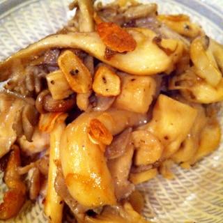 舞茸とガーリックのココナッツオイル炒め