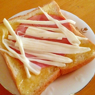 さけるチーズのトースト
