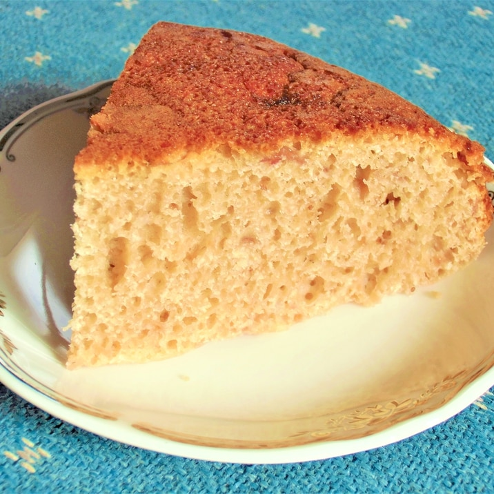 ホットケーキミックスとイチゴジャムで炊飯器ケーキ