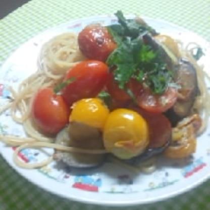 トマトをミニトマト、みず菜を紫蘇に変えて作りました、あっさりしてとてもおいしかったです、夏のご馳走ですね また作ります !(^^)!