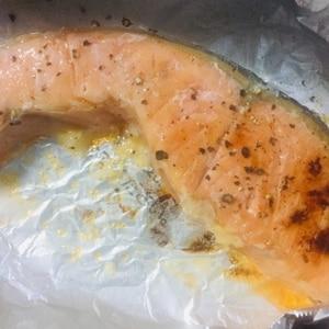 ニンニク香るペッパー鮭^_^