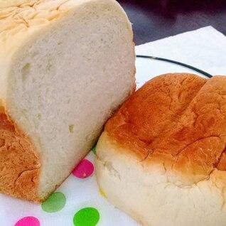 牛乳入りふわふわ食パン