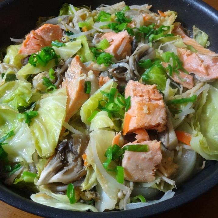 フライパンで簡単に!野菜たっぷりちゃんちゃん焼き