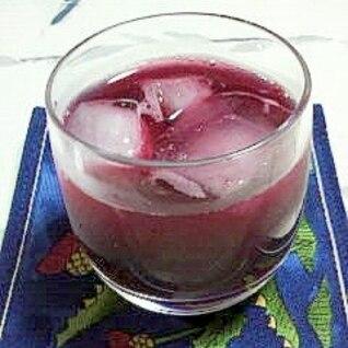 今しか飲めない、自家栽培のブルーベリージュース