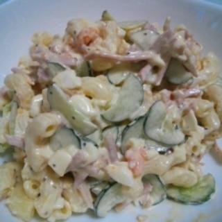 卵入りマカロニサラダ