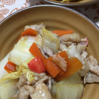 豚バラ肉と白菜の中華炒め
