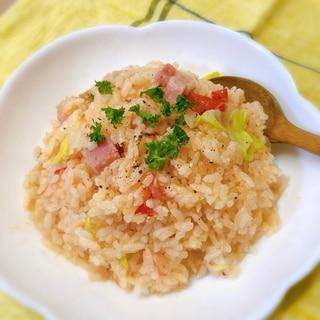 炊飯器で簡単♡トマトとベーコンの炊き込みご飯