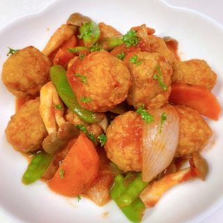 簡単旨味♡冷凍肉団子のトマト煮込み