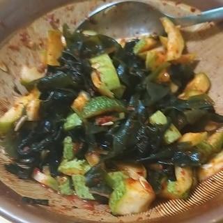 韓国料理:미역초무침ワカメのコチュジャン和え