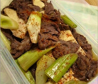 """スチームケースで簡単""""肉豆腐"""""""