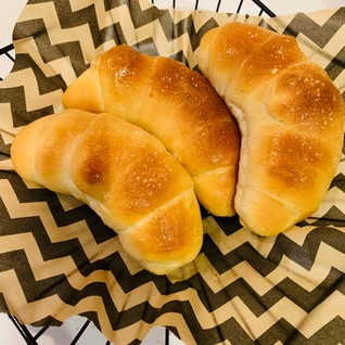 バターがじゅわーっとする塩パン