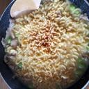 枝豆と豚肉のピリ辛ラーメン