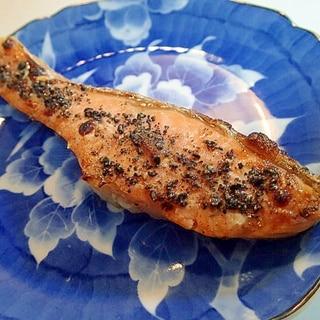 鮭のグリル焼き(マヨネーズ&黒すりごま)