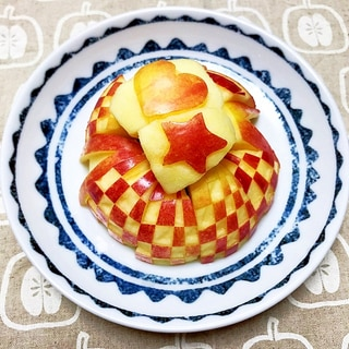 お弁当に重宝!りんごの飾り切り♬変色しない方法!