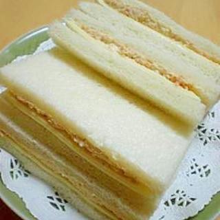 『ゴマ入り鮭マヨ&チーズ』のサンドイッチ☆