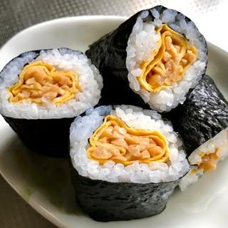 卵巻き納豆の海苔巻き寿司